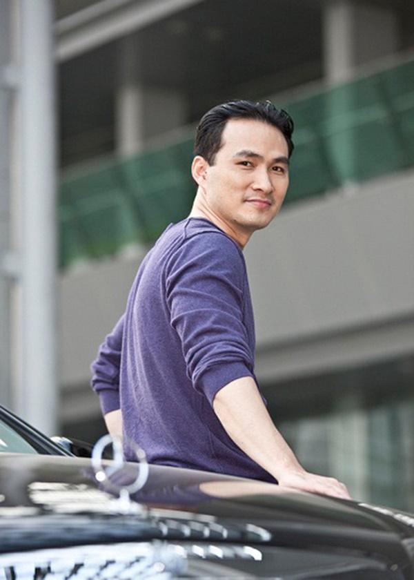 Dàn 'tình nhân' tuyệt sắc của Chi Bảo: Người ly hôn chồng, người yêu trai trẻ