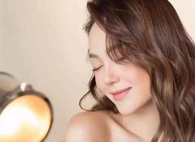 Sao Việt đua nhau makeup căng bóng, trong vắt như pha lê