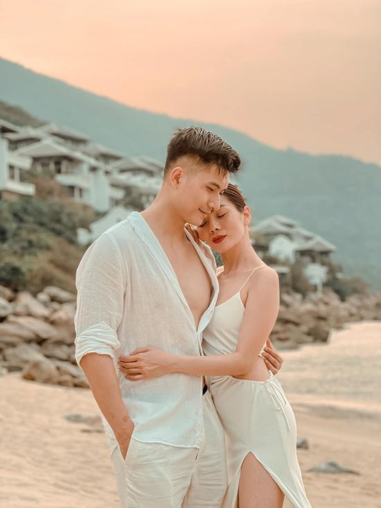 Tình yêu vượt định kiến của Lệ Quyên - Lâm Bảo Châu