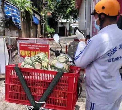 Sự thật 'shipper chở tro cốt người mất vì Covid-19 giao khắp Sài Gòn'